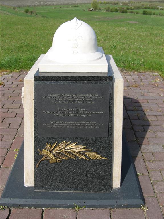 Postbrug ter herinnering aan 10 mei 1940 toen nazi duitsland nederland